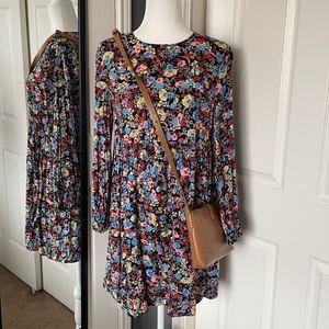 NEW LISTING! Zara floral mini dress